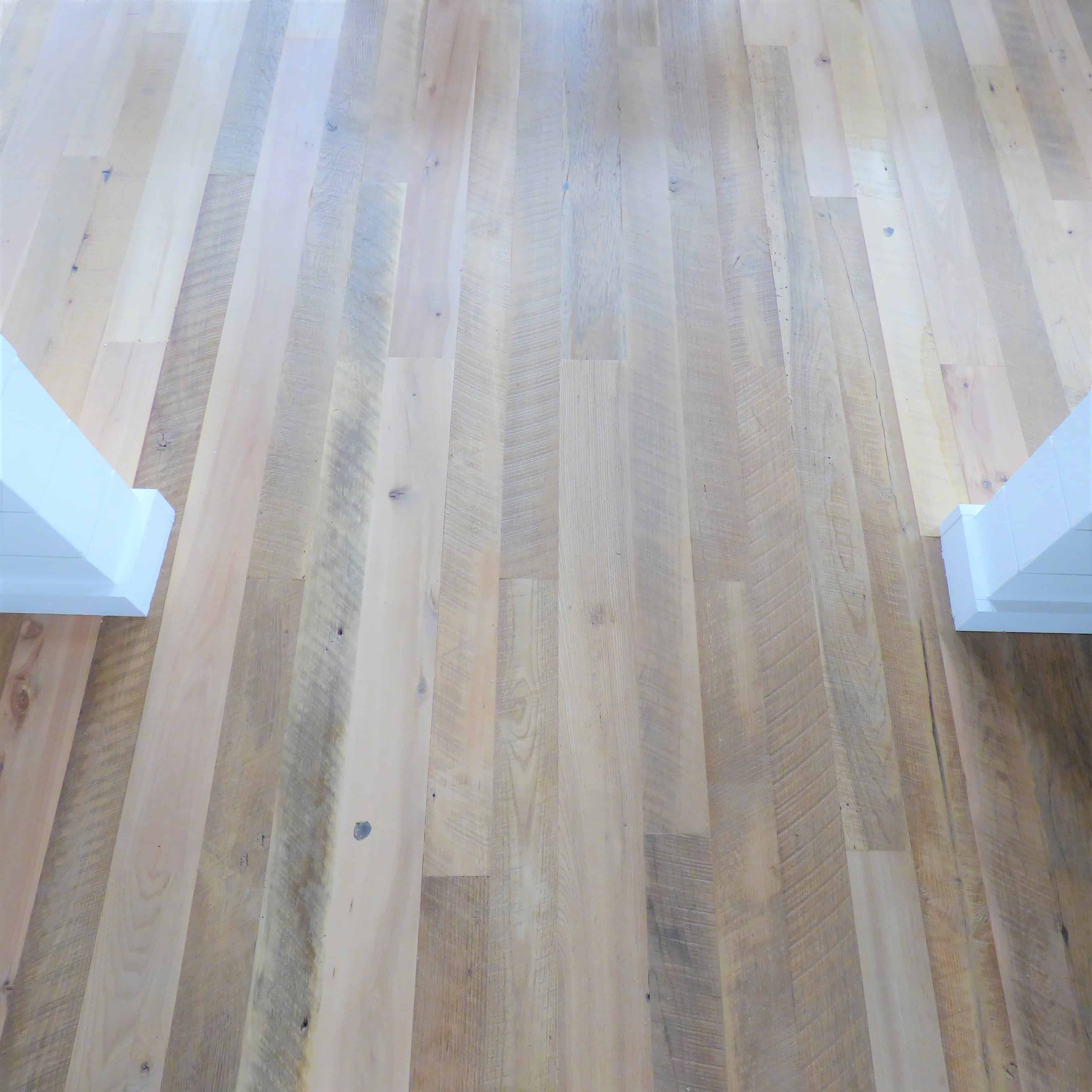 Reclaimed wood mix flooring - Beam House